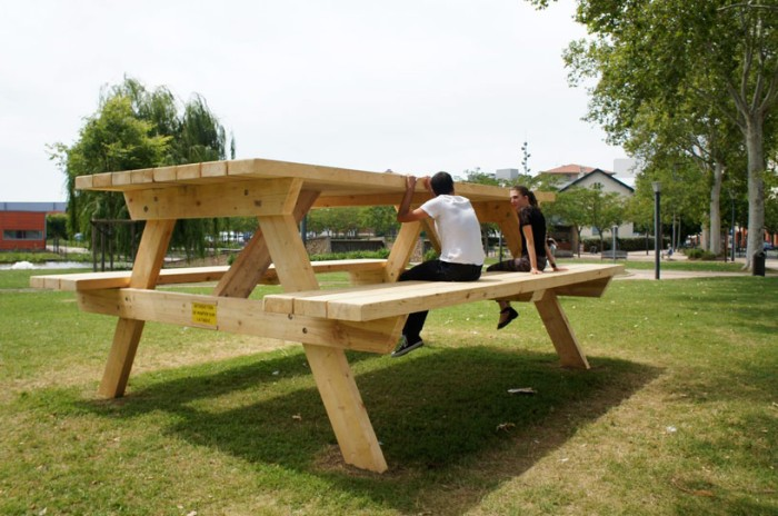 11252013-2-la-table-de-pique-nique-architecture-by-benedetto-buffalino-designboom-03