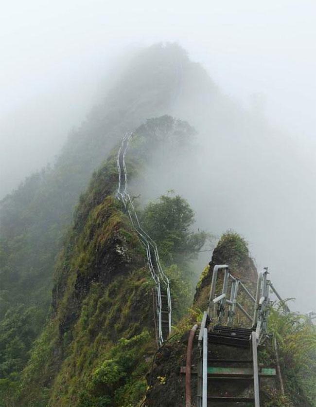 12062013-Stairway-to-Heaven-in-Hawaii6