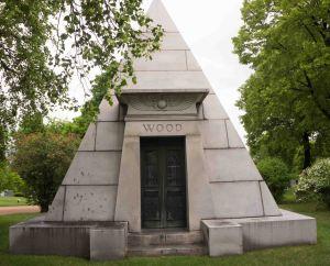 WoodPyramid-05262015